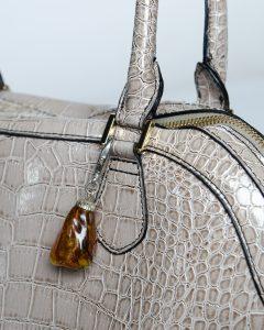 Customer reviews – Irene & her amber keychain